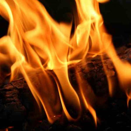 Принт квадратный, серия Пламя, 021